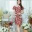 XL775 ชุดเดรสผ้า Canvas พื้นแดงลายดอก แต่งปก กระเป๋า ติดโบว์ ผ้าสีขาว เพิ่มความน่ารักให้กับชุด thumbnail 9