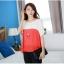 เสื้อแฟชั่น คอกลม แขนสั้น ผ้าชีฟอง เสื้อสีขาวตัดสีแดงส้ม รหัส 44123-แดง thumbnail 4