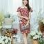 XL775 ชุดเดรสผ้า Canvas พื้นแดงลายดอก แต่งปก กระเป๋า ติดโบว์ ผ้าสีขาว เพิ่มความน่ารักให้กับชุด thumbnail 4