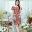 XL775 ชุดเดรสผ้า Canvas พื้นแดงลายดอก แต่งปก กระเป๋า ติดโบว์ ผ้าสีขาว เพิ่มความน่ารักให้กับชุด thumbnail 2