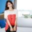 เสื้อแฟชั่น คอกลม แขนสั้น ผ้าชีฟอง เสื้อสีขาวตัดสีแดงส้ม รหัส 44123-แดง thumbnail 2