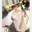 44907-ขาว ชุดเดรสสั้นสีขาว หน้าอกเย็บระบาย สวยเก๋ เปิดไหล่ สวยหวาน thumbnail 4