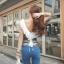 เสื้อแฟชั่น คอวีหน้าและหลัง แต่งระบายที่คอ ซิปหน้า เสื้อสีขาว รหัส 44110-ขาว thumbnail 10