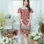 XL775 ชุดเดรสผ้า Canvas พื้นแดงลายดอก แต่งปก กระเป๋า ติดโบว์ ผ้าสีขาว เพิ่มความน่ารักให้กับชุด thumbnail 10