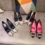 รูปรองเท้าแบรนด์เนมสำหรับPreorderสวยๆแบบใหม่ๆค่ะ thumbnail 580