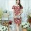 XL775 ชุดเดรสผ้า Canvas พื้นแดงลายดอก แต่งปก กระเป๋า ติดโบว์ ผ้าสีขาว เพิ่มความน่ารักให้กับชุด thumbnail 1