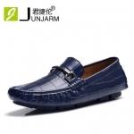 Pre ** รองเท้าลำลองแฟชั่น มีสีดำ ,สีน้ำตาล ,สีน้ำเงิน ,สีแดง ไซส์ 38-43 รายละเอียดตามภาพเสริม