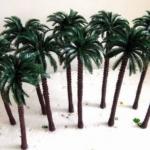 ต้นปาล์ม สูง 18 ซ.ม. 5 ต้น
