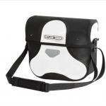 กระเป๋าหน้าแฮนด์ Ultimate6 M Classic [F3114] /(white-black)
