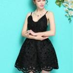 (Pre Order) ชุดเดรสสั้นผ้าลูกไม้สีขาวและสีดำ สง่างามฤดูร้อนแขนกุดคอวีผู้หญิง มีไซส์ให้เลือก S-XXL