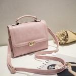 กระเป๋าสะพายข้างสีชมพู กระเป๋านำเข้า สวยหวาน ประดับอะไหล่ทอง หนังPUคุณภาพดี ขนาดกระทัดรัด เป็นได้ทั้งกระเป๋าสะพายและถือในใบเดียวกัน