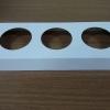 ฐานใส่คัพเค้กขนาด 3 ช่อง เส้นผ่านศูนย์กลาง 5.5 ซม.(ใช้กับถ้วยคัพเค้กขนาดมาตรฐาน 5 ซม.) ขนาด 23.0 X 8.7 ซม.