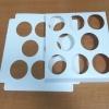 ฐานใส่คัพเค้กขนาด 8 ช่อง เส้นผ่านศูนย์กลาง 5.5 ซม.(ใช้กับถ้วยคัพเค้กขนาดมาตรฐาน 5 ซม.) ขนาด 20.3 X 20.3 ซม.