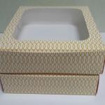กล่องบราวนี่ กล่องชิฟฟ่อน กล่องเค้กครึ่งปอนด์ กล่องทร์ตไข่ กล่องขนมเปี๊ยะ กล่องพาย ลายทวิส กว้าง 20.0 x ยาว 20.0 x สูง 5.0 ซม.
