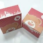 กล่องสแน็ค กล่องอาหารว่าง ลายยังแบร์ (100 ใบ/แพ็ค) กว้าง12.7 x ยาว12.7 x สูง 6.5 ซม.