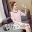 Preorder เสื้อทำงาน สีชมพู คอกลม แบบแขนกว้างใส่สบาย ช่วงแขนแต่งด้วยมุกเรียงสวย thumbnail 1