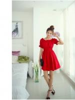 ชุดเดรสแฟชั่น เดรสผ้าคอตตอนผสมสีแดง จั๊มไหล่ ปลายแขนเสื้อ และเอว สวยสดใส น่ารักๆ