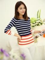 เสื้อแขนยาว ไหมพรม แฟชั่นเกาหลี แขนยาว ลายทาง สีน้ำเงิน ขาว แดง ใส่ทำงานออฟฟิศน่ารักมากๆ ครับ