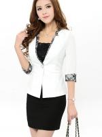 เสื้อคลุมแฟชั่น เสื้อสูททำงาน สีขาว แขน 3 ส่วน แต่งลูกไม้สีดำตัดกับตัวเสื้อ ใส่ทำงานสวยมากๆ