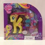 ของเล่นแต่งผม มายลิตเติ้ลโพนี่ ฟลัทเทอร์ชาย ขนาด  6 นิ้ว : My Little Pony Styling Strands Fashion Pony Fluttershy Figure, 6-Inch