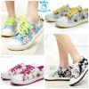 (Pre Order) รองเท้าผ้าใบ แฟชั่นเกาหลี ตกแต่งลายดอกไม้ สไตล์วินเทจ (สีเขียว/สีเหลือง/สีน้ำเงินเข้ม/สีฟ้า/สีดำ/สีชมพูเข้ม/สีชมพูอ่อน/สีน้ำเงินอ่อน)