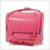 (preorder)กระเป๋าเครื่องสำอางค์อเนกประสงค์ รุ่นสุดฮิต สีชมพูหนังจระเข้ PVC