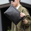 Pre-order กระเป๋าคลัทซ์ผู้ชายหนังนิ่ม สายสะพายข้างข้าง ใส่ ipad และ Tab ขนาด 10 นิ้วแฟชั่นเกาหลี Man-8673