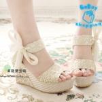 (Pre Order)รองเท้าส้นเตารีดแฟชั่นเกาหลี ลายผ้าลูกไม้ ผูกโบว์ที่ข้อเท้า