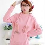 (Pre Order) เสื้อกันหนาวแขนยาว แฟชั่นเกาหลี กระเป๋าด้านหน้าตกแต่งลายหูกระต่าย (สีชมพู,สีฟ้า)