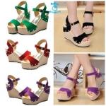 (Pre Order) รองเท้าส้นเตารีด แฟชั่นเกาหลี  สไตล์ซัมเมอร์ 2014 (สีดำ/สีเขียว/สีแดง/สีม่วง)