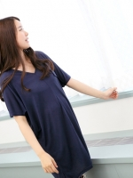 เสื้อคลุมท้อง Brand  Dorothy  จากเกาหลีใต้  ผ้านิ่มมาก  เนื้อดี ทรงกว้างใส่สบายมากๆ  แต่งกระเป๋าหลอก เก๋ๆ ค่ะ