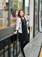 (เกาหลี)  เดรสให้นม เดรสแขนยาวเปิดให้นม แบบเจาะช่องด้านใน ผ้ายืด เนื้อดีมาก คุณภาพดีมาก ใส่ทำงานได้ ทรงสวยค่ะ