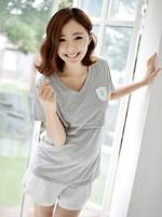 (เกาหลี) เสื้อให้นม  แบบเจาะช่องด้านใน  เป็นเสื้อยืด  สไตส์สปอร์ต  ใส่สบายดูดีค่ะ