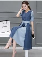 ชุดเดรสผ้าไหม silk ดีไซน์สุดเก๋ ดีเทลเยอะสุดๆ ตัวเสื้อ สีน้ำเงิน