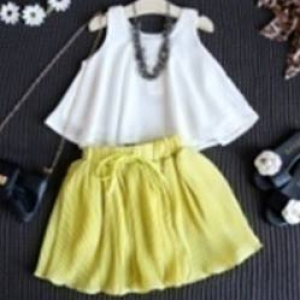 ชุดผ้าชีฟองเสื้อแขนกุดสีขาว, กระโปรงอัดพลีตสีเหลืองมัสตาร์ดราคาส่งยกแพ็ค5ชุด/1300บาท