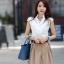 เสื้อเกาหลี style good you เสื้อเชิ๊ตสีขาว คอแหลมแต่งลูกไม้ช่วงบน แต่งระบายลูกไม้ด้านหน้า ติดกระดุมผ่าหน้า สวยเหมือนแบบ พร้อมส่ง thumbnail 5