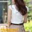 เสื้อเกาหลี style good you เสื้อเชิ๊ตสีขาว คอแหลมแต่งลูกไม้ช่วงบน แต่งระบายลูกไม้ด้านหน้า ติดกระดุมผ่าหน้า สวยเหมือนแบบ พร้อมส่ง thumbnail 2