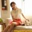 เสื้อเกาหลี style good you (แบรนด์แท้) เสื้อผ้าลูกไม้สีขาว แต่งระบายด้านหน้า ปักมุกที่ตัวเสื้อ แขนตุ๊กตามีซับในสวยเหมือนแบบครับ thumbnail 2
