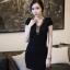 ชุดเดรสคอวี เข้ารูป สีดำ เดรสแฟชั่นเกาหลี นำเข้า สวยมากๆ ซื้อเป็นของขวัญให้แฟนเหมาะมากๆ ครับ New!! (พร้อมส่ง) thumbnail 1