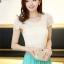 ชุดเดรสยาว แฟชั่นเกาหลี ผ้าลูกไม้ แขนสั้น สีขาวครีม เอวจั๊ม กระโปรงยาวผ้าชีฟอง อัดพลีต สีเขียว thumbnail 8