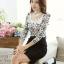 เสื้อผ้าลูกไม้ แฟชั่นเกาหลี สีขาวดำ พิมพ์ลาย ยืดหยุ่นได้ดี แขนยาว คอเสื้อแต่งด้วยมุก และคริสตรัลใส thumbnail 4