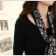 ชุดเดรสแฟชั่น ตัวเสื้อผ้านิตติ้ง เนื้อนุ่มมากๆ ยืดหยุ่นได้ดีสุดๆ แขนยาว สีดำ มาพร้อมผ้าพันคอ thumbnail 5