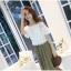 แฟชั่นเกาหลี Set 2 ชิ้น เสื้อ + กระโปรง เสื้อ:ผ้าถักลายดอกไม้สีขาว มีซับใน กระโปรงยาว: ผ้าคอตตอนผสม สีเขียวขี้ม้า thumbnail 5