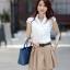 เสื้อเกาหลี style good you เสื้อเชิ๊ตสีขาว คอแหลมแต่งลูกไม้ช่วงบน แต่งระบายลูกไม้ด้านหน้า ติดกระดุมผ่าหน้า สวยเหมือนแบบ พร้อมส่ง thumbnail 4