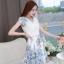 ชุดเดรสสวยๆ ตัวเสื้อผ้าชีฟอง สีขาว เย็บซ้อนด้วยผ้าลูกไม้ปักสีขาว คอวี แขนสั้้น thumbnail 4