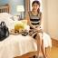 ชุดเดรสสั้น ชุดเดรสเข้ารูป Brand เกาหลี เดรสผ้านิตติ้งแขนกุด ลายขวางขาวดำ ผ้ายืดหยุ่นได้ดี สวยมากๆครับ (พร้อมส่ง) thumbnail 5